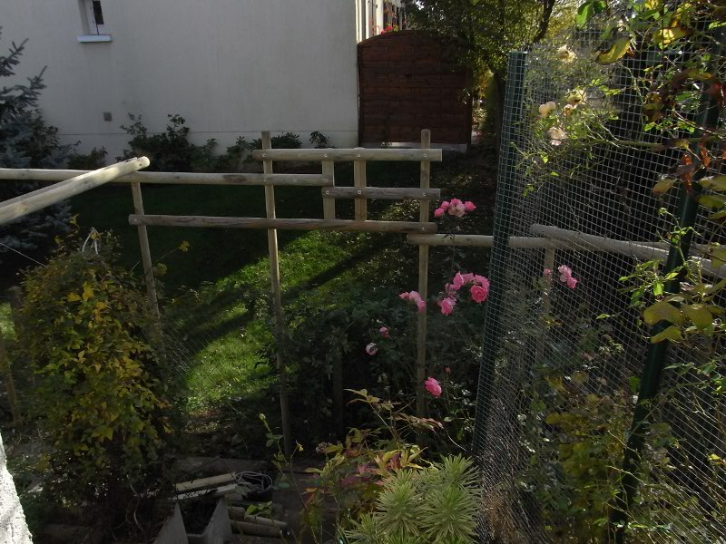 jardin des `MAL`AKHIM  Lysiane:visite_du_jardin:2009:r0013203_red